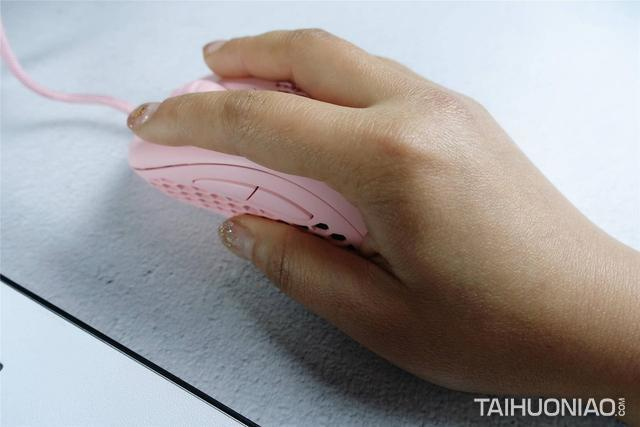镂空设计的电竞鼠标你见过吗,钛度M506游戏鼠标体验
